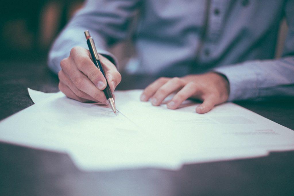 Wann sollte ein Anhörungsbogen ausgefüllt werden?