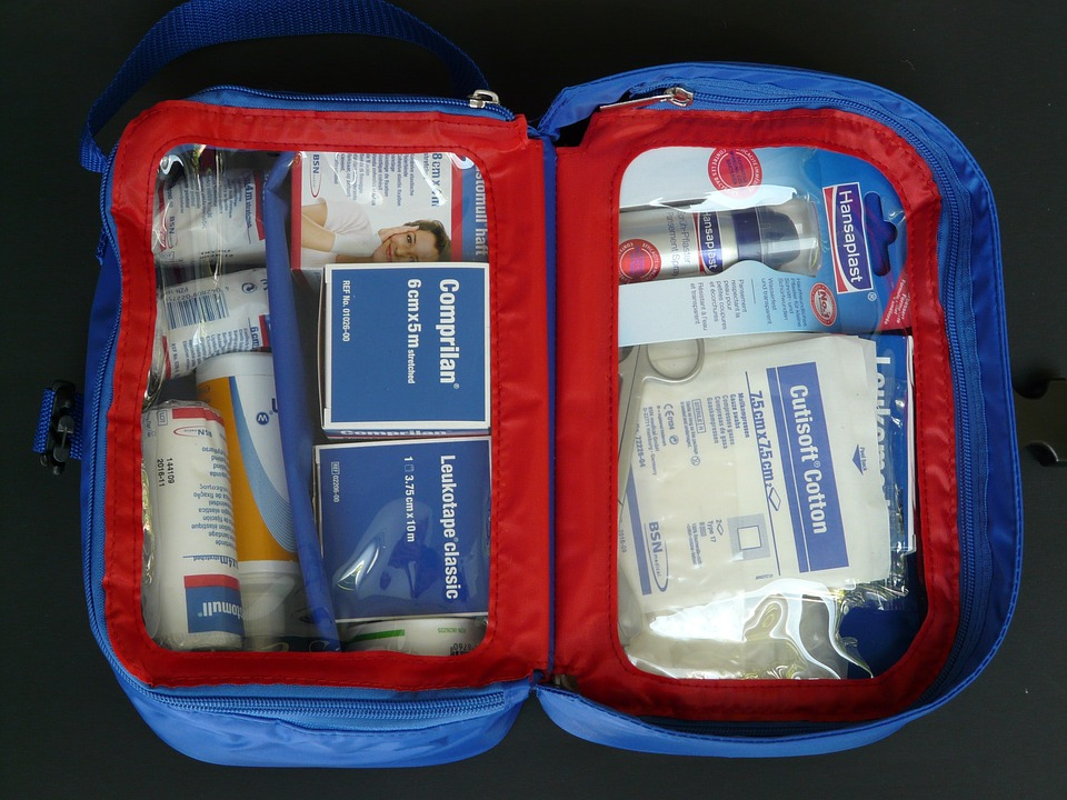 Verbandskasten - Erste Hilfe Set