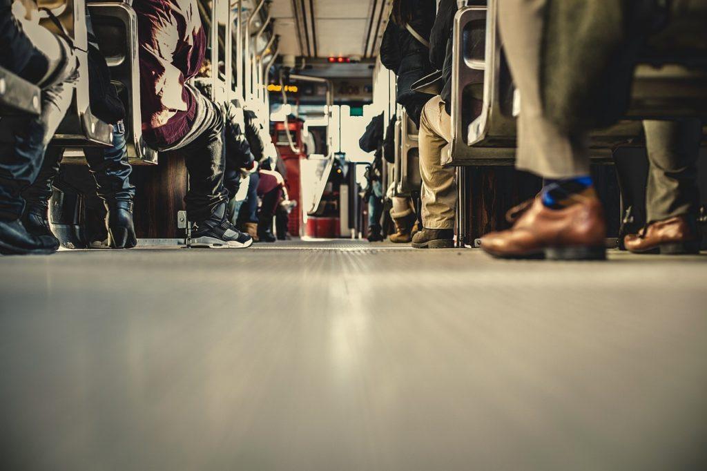Personenbeförderung im Bus