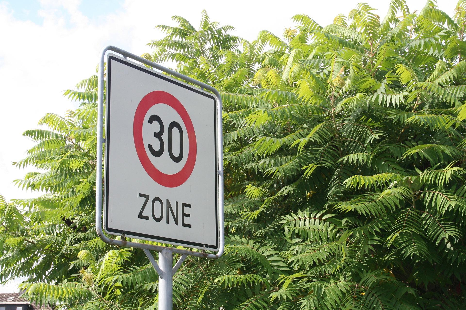 In 30er Zone Mit 40 Geblitzt