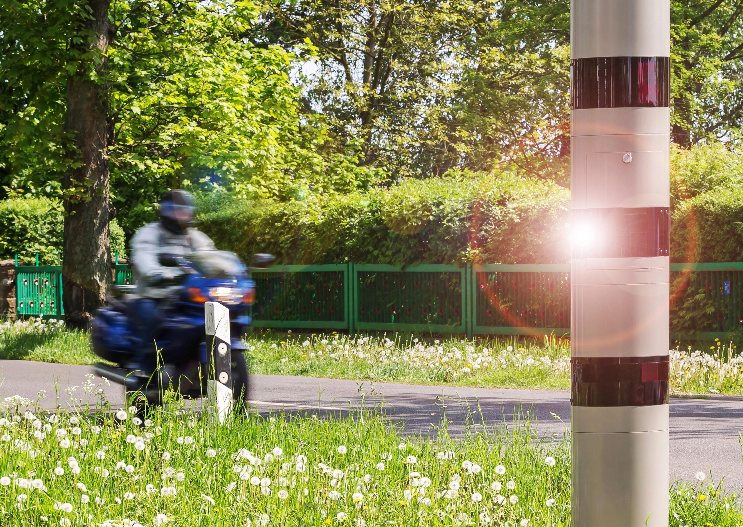 Können Motorradfahrer Geblitzt Werden